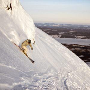 henrik_trygg-powder_skiing-110