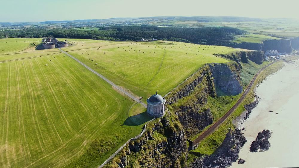 Downhill pludmale, Belfāsta, Ziemeļīrija, Īrija, ceļo ar auto, Troņu spēles, filmēšanas, Pūķakmens, Game of Thrones Īrijā, Troņu spēles filmētas Īrijā
