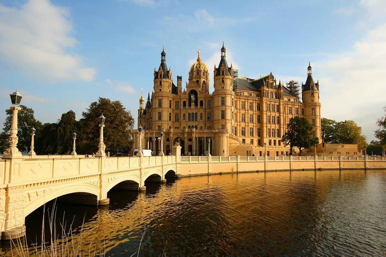 Vācija, Schwerin pils, pils, cietoksnis, Schwerin ezers, Trāveminde, apskati Vācijas pilis